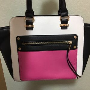 Lovely purse !!